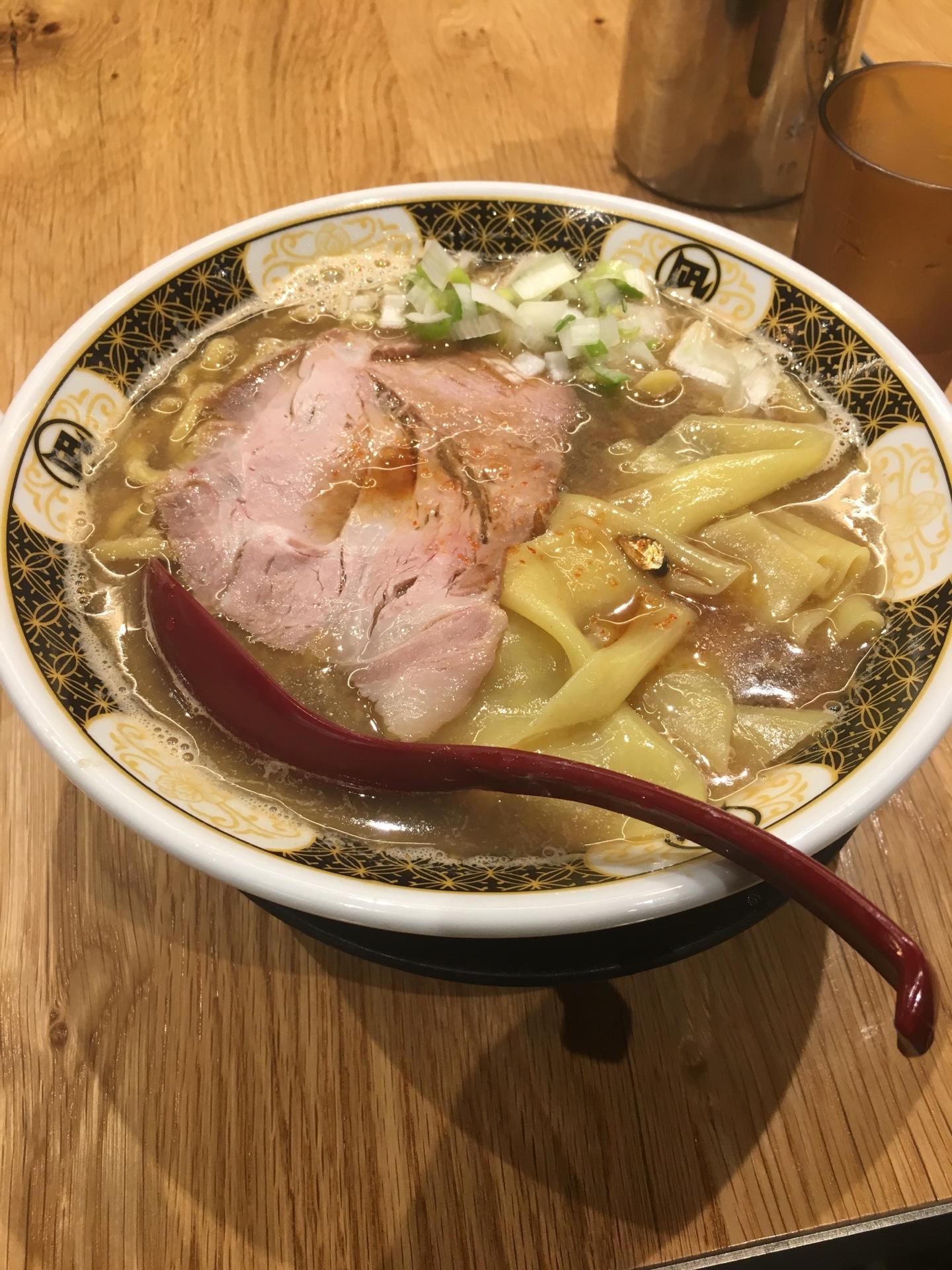 すごい煮干しラーメン 凪 五反田西口店