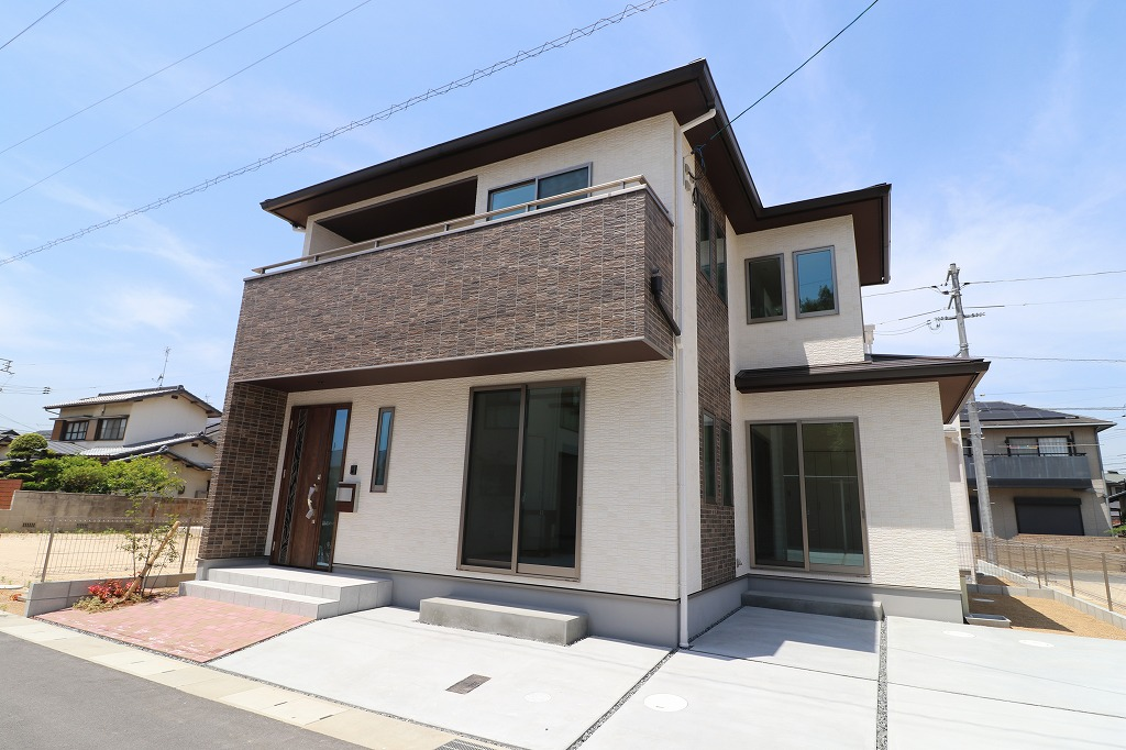100万円値下げしました!家具付物件♪倉敷市中島の新築住宅!