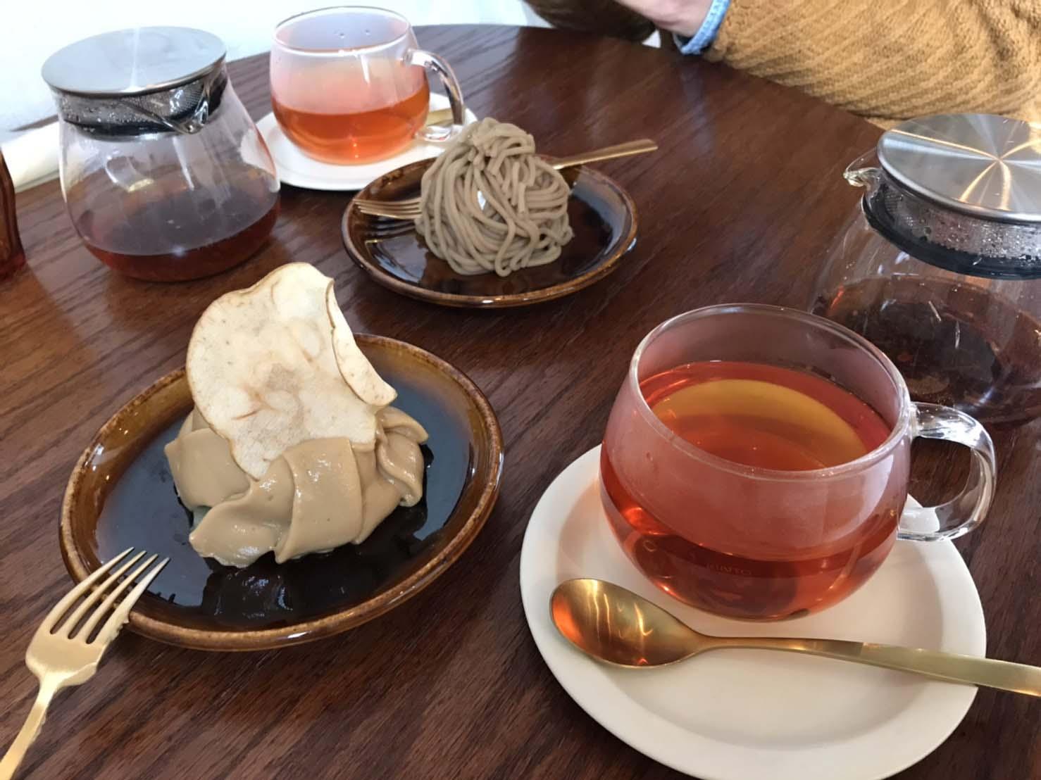 <茨木市 双葉町 お茶とお花とモンブラン>