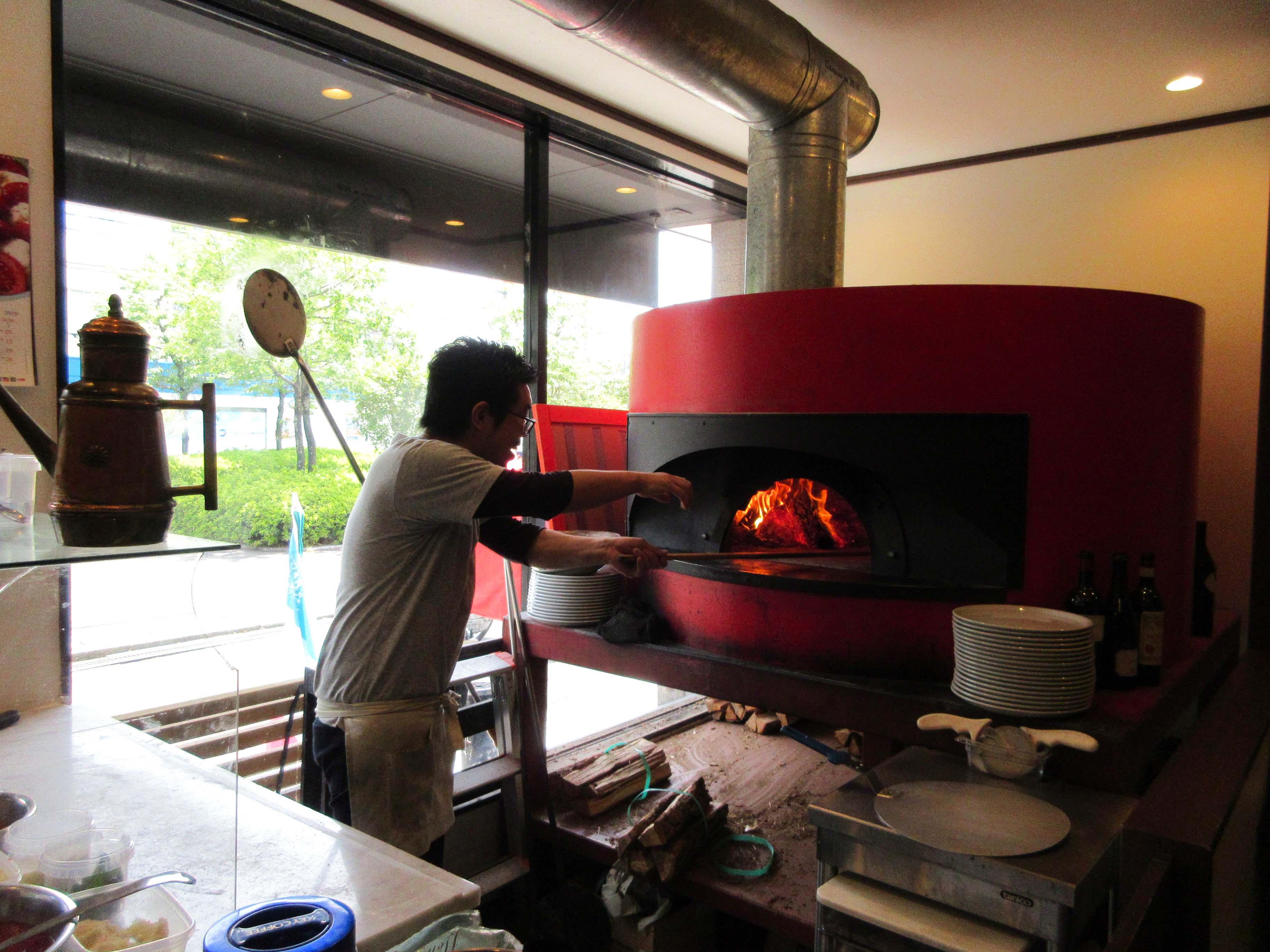 【グルメ】 Pizzeria sorgente ☆ミシュランに掲載されました☆