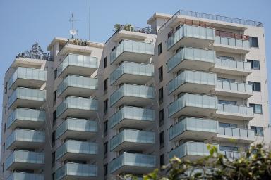 マンションor戸建て?シニア世代のマイホームは、どっちが住みやすい?