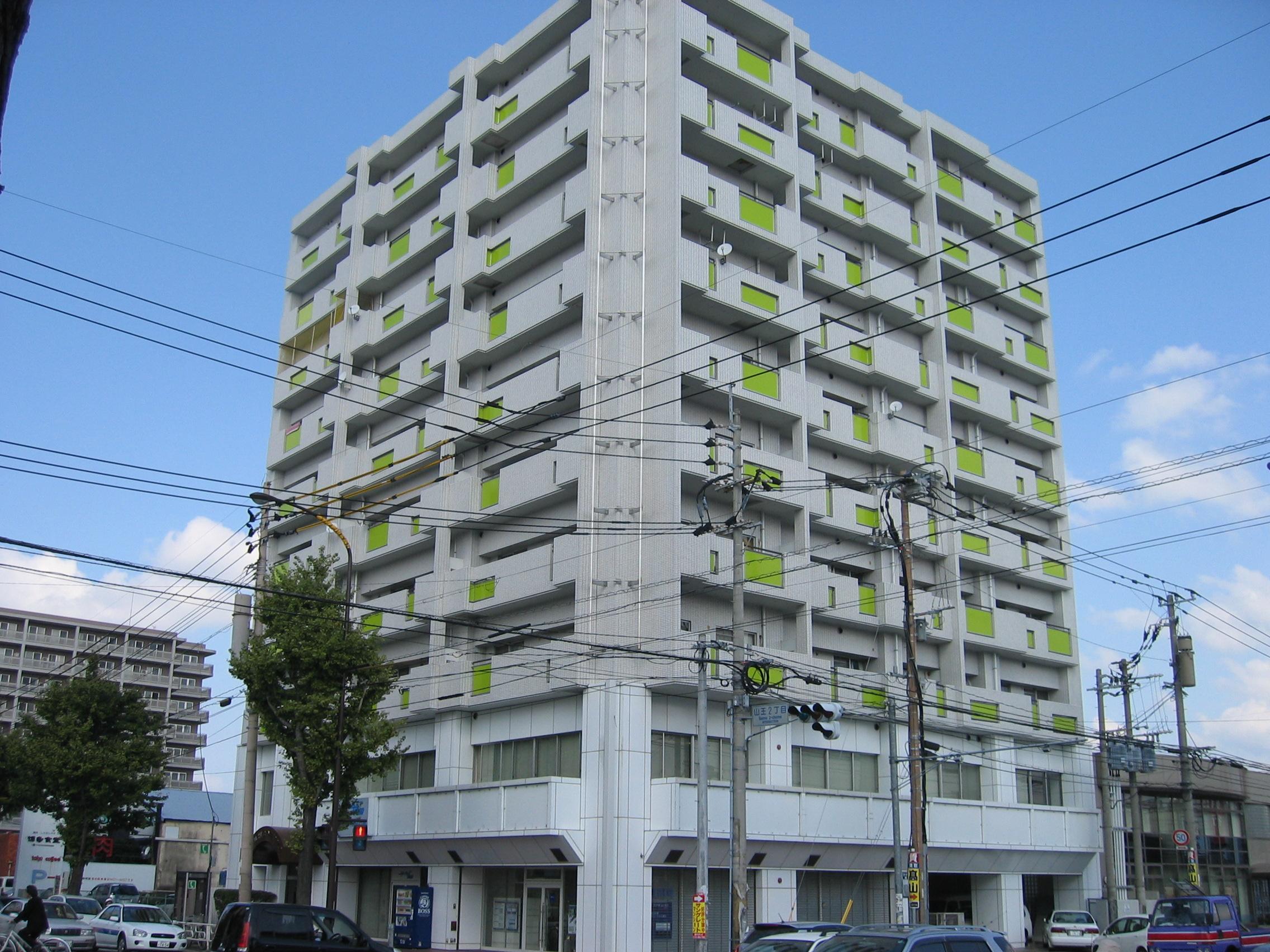 【事務所】博多区山王|筑紫通り沿い。2階事務所。