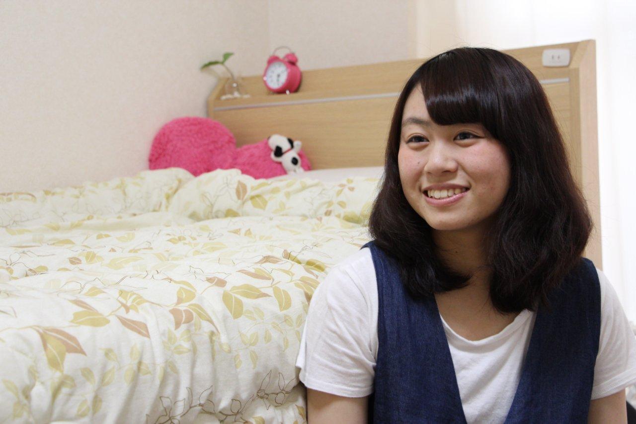 Q 後輩たちに一言☆    A 福岡に進学予定の学生さんたちへ:福岡はお買いものするところもたくさん